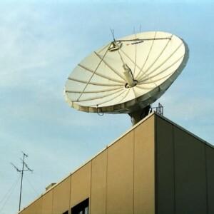 テレビが映らない?!地デジ・BSの電波障害、原因と対策まとめ