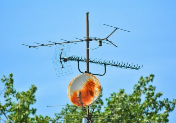 テレビアンテナの修理方法!火災保険が適用される?