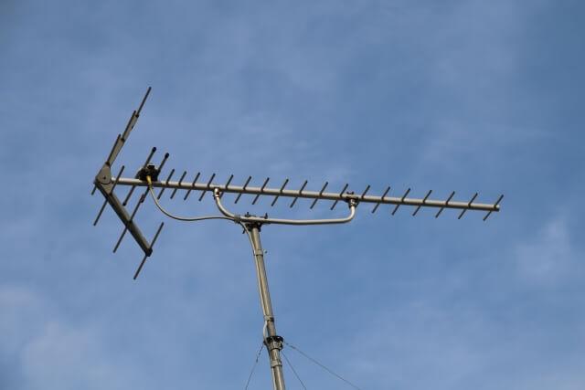 特徴的な形をした八木式アンテナ