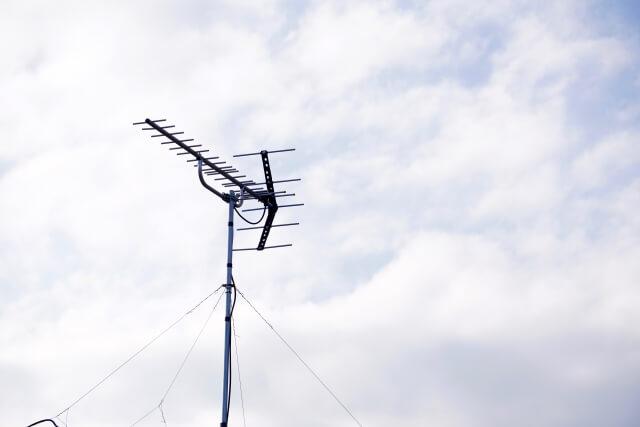 アンテナの向きが変わったり損傷したりしていないか